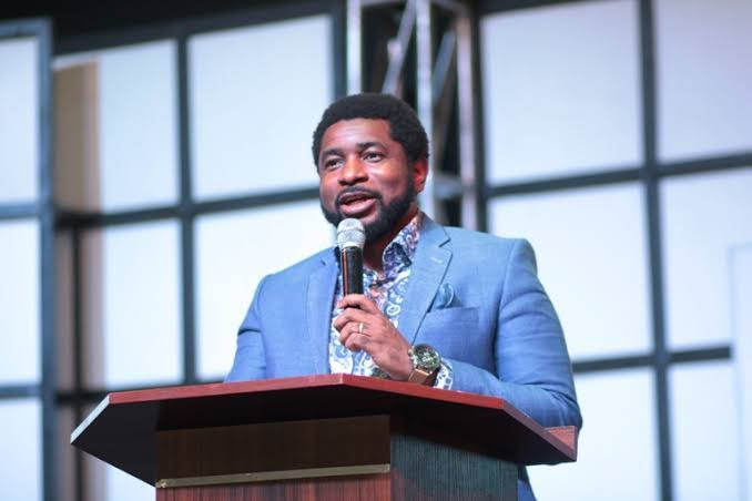 DOWNLOAD: HOW TO KNOW IF HE/SHE LOVES YOU – PST KINGSLEY OKONKWO